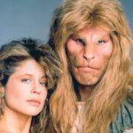 Nel 1987, Linda Hamilton e Ron Perlman portano in tv 'La Bella e la Bestia'