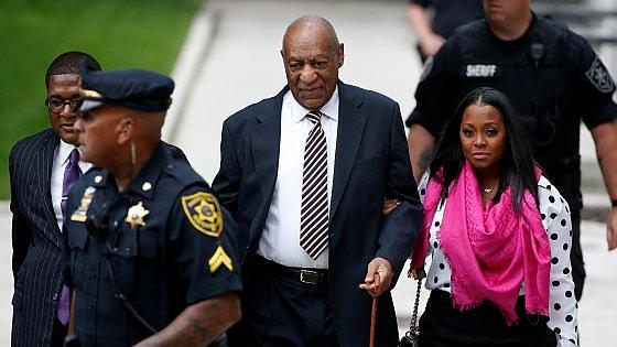 Usa, Bill Cosby alla sbarra: decine di donne lo accusano di violenza sessuale