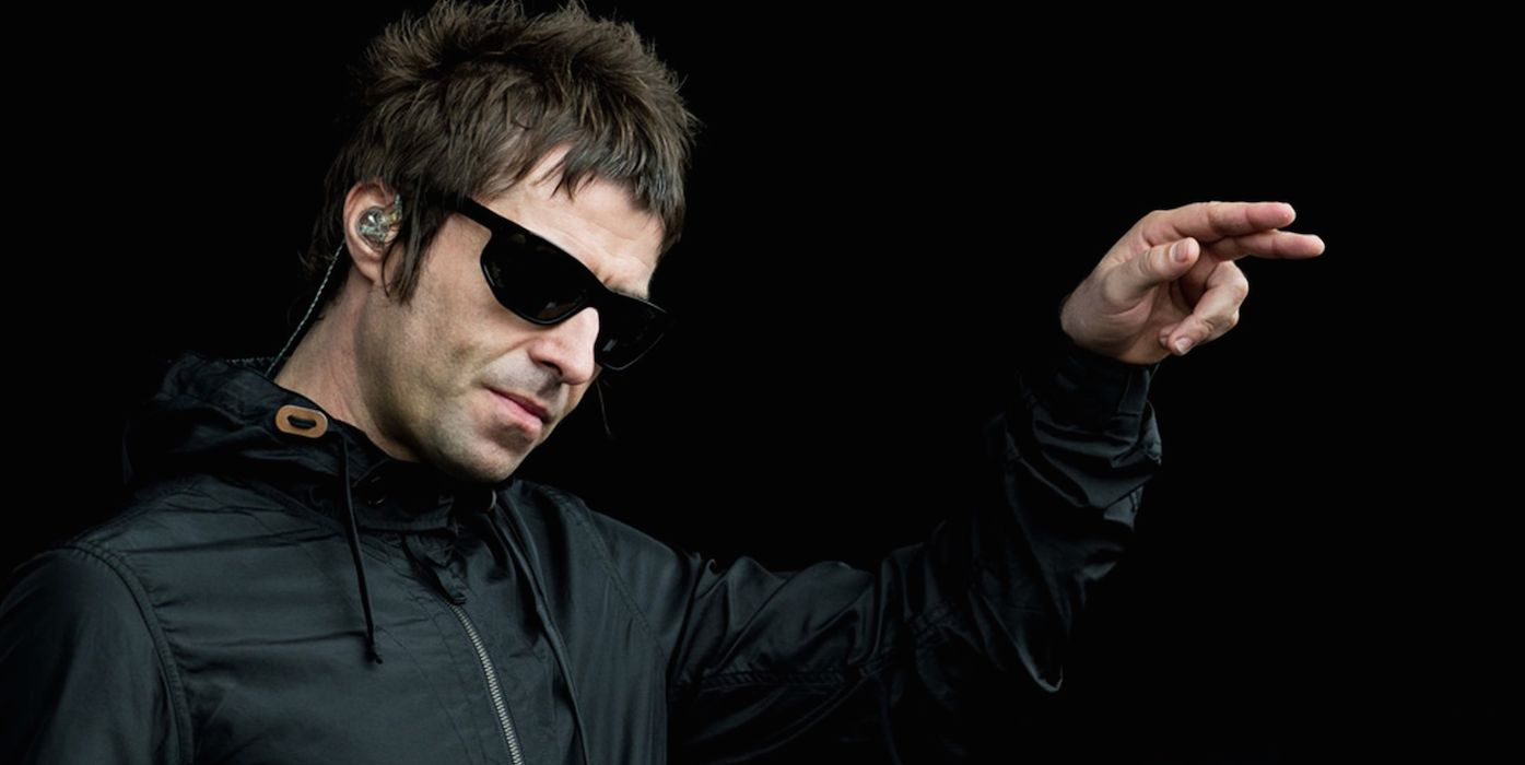 """Liam Gallagher pesante sugli U2: """"Preferirei mangiare la mia stessa mer** piuttosto che ascoltare quei mediocri"""""""