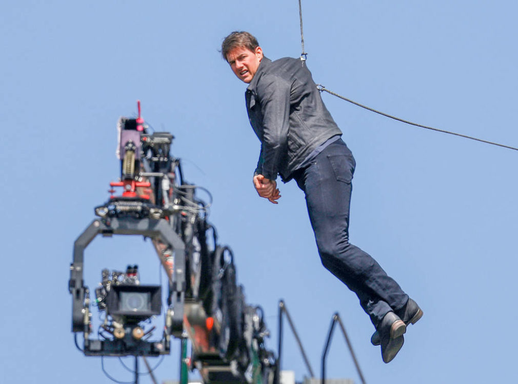 Incidente per Tom Cruise sul set di Mission Impossible 6: interrotte le riprese