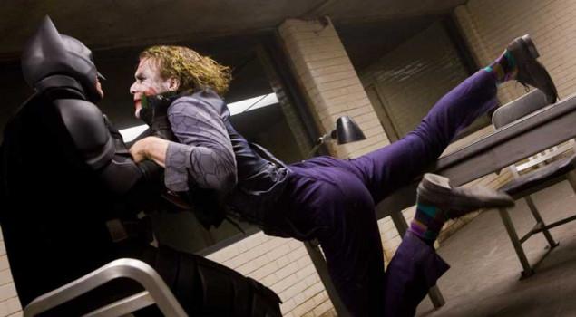 Il cavaliere oscuro, Heath Ledger chiese a Christian Bale di colpirlo davvero