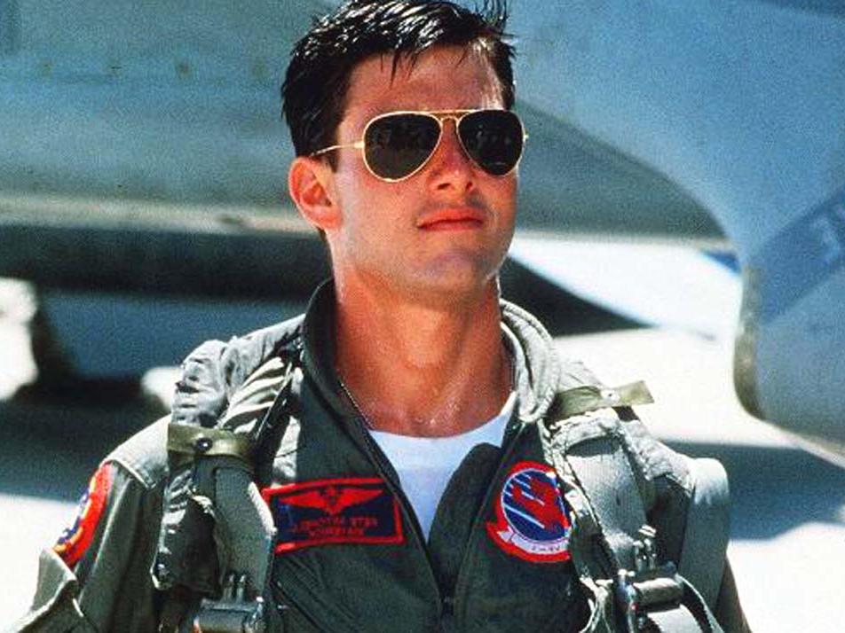 Top Gun 2: Tom Cruise vuole imparare a pilotare gli aerei da caccia. Posticipata l'uscita