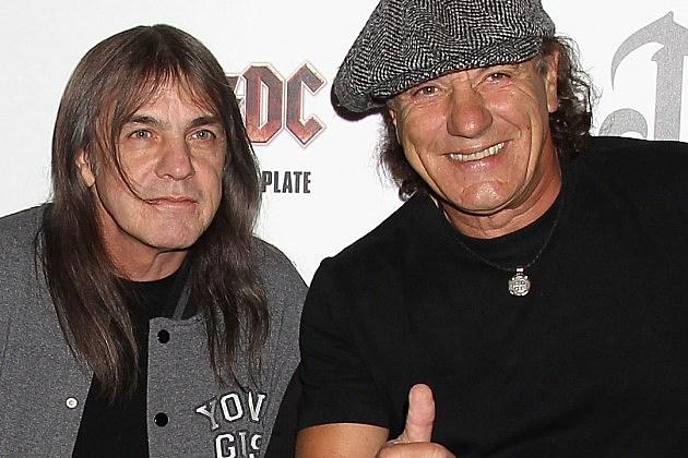 """BRIAN JOHNSON DEGLI AC/DC : """"NON RIESCO A CREDERE CHE MALCOLM SE NE SIA ANDATO"""""""