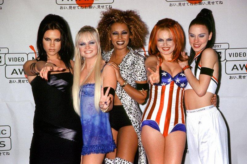 20 anni fa usciva il film delle Spice Girls (Spice World)