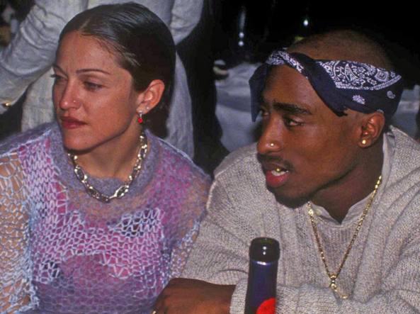 Madonna perde la causa. Va all'asta la lettera del rapper Tupac Shakur: «Ti lascio perché sei bianca»