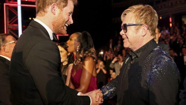 Elton John canterà al matrimonio reale tra Harry e Meghan