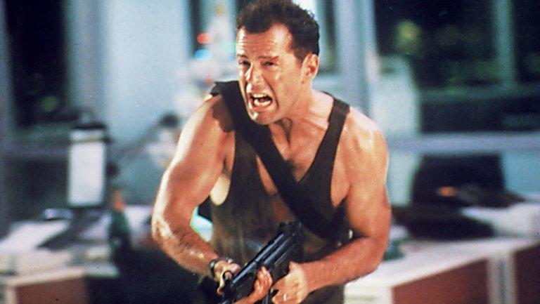 Immagini Hard Di Natale.Bruce Willis Die Hard Non E Un Film Di Natale Noi Degli