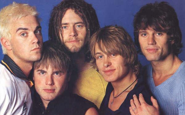 24 anni fa Robbie Williams lasciava i Take That e l'Italia si divideva