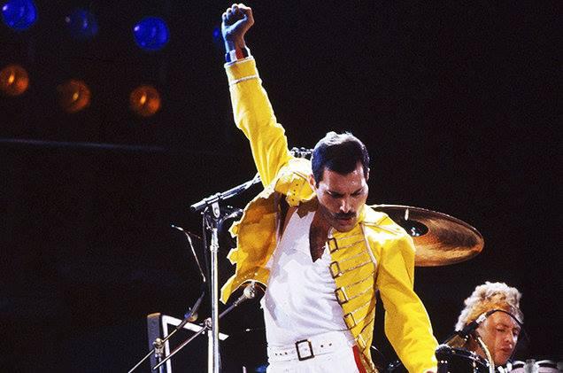 Oggi sono 32 anni dal Live at Wembley dei Queen. Tutte le curiosità
