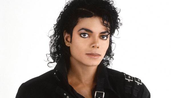 Michael Jackson: Sony Music ammette di aver pubblicato tre canzoni false