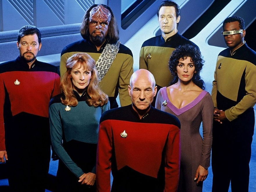 Patrick Stewart si riunisce con la crew di Star Trek: The Next Generation! [FOTO]