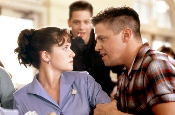Lorraine e Biff di RITORNO AL FUTURO finalmente insieme su….TWITTER