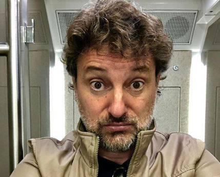 """Leonardo Pieraccioni risate a """"Verissimo"""": """"La figlia non è mia ma di Ceccherini"""""""