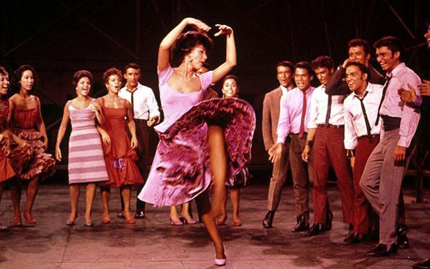 West Side Story: nel remake di Spielberg ci sarà Rita Moreno, l'Anita del film originale