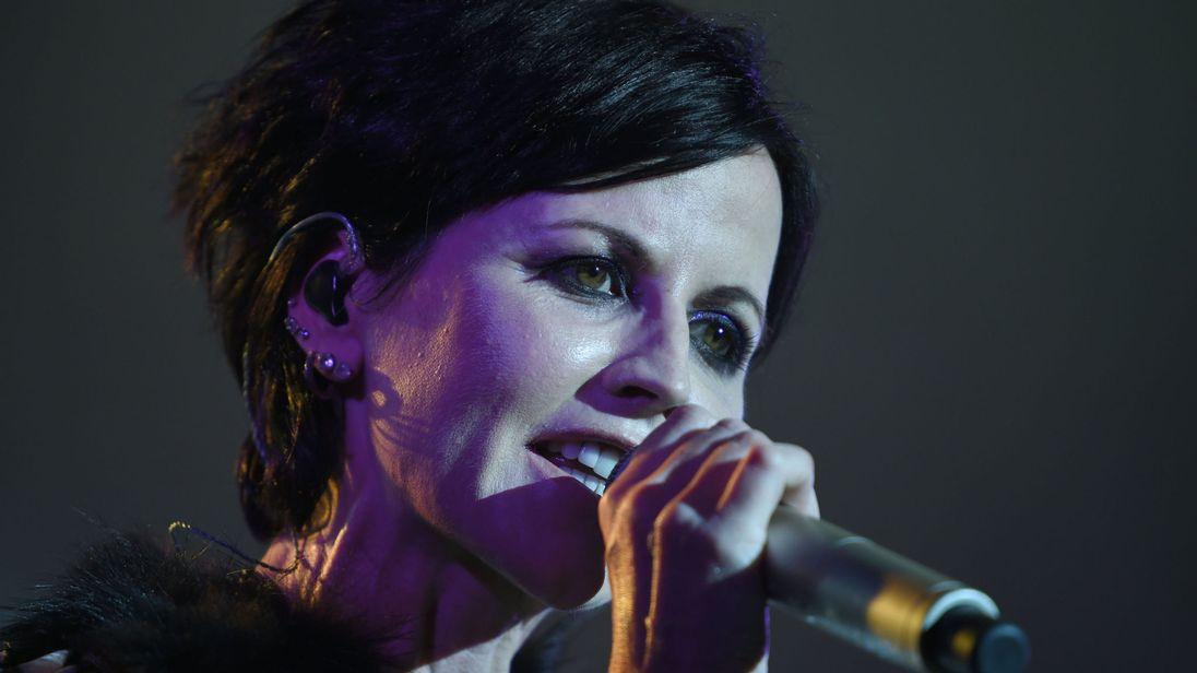 Cranberries: ad un anno esatto dalla morte di Dolores O'Riordan il nuovo singolo e album