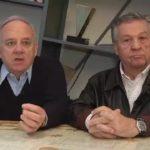 Cochi e Renato, esibizione a sorpresa in tv: applausi per la loro «Come porti i capelli bella bionda»