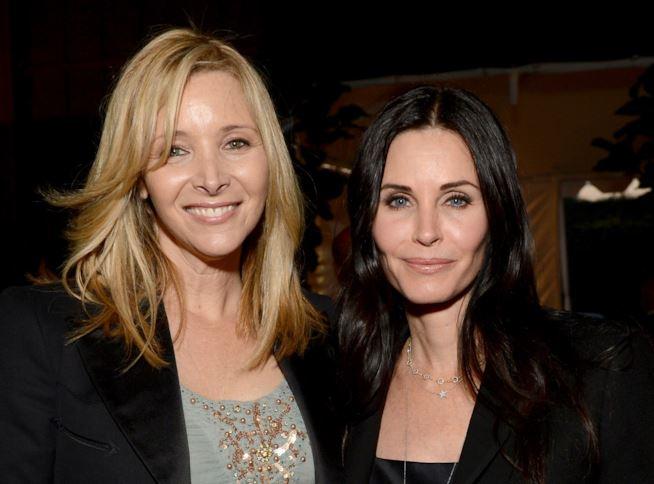 Friends: mini reunion tra Monica e Phoebe!