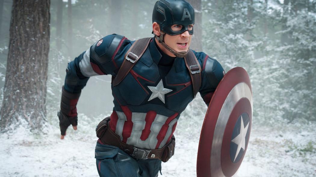 Chris Evans si vuole portare a casa oltre lo scudo anche il costume del suo personaggio