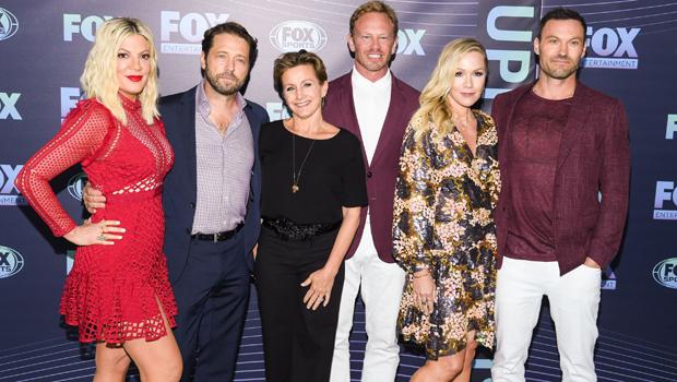 Jennie Garth spiega il reboot della nuova serie di Beverly Hills 90210