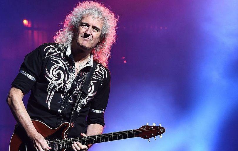 Brian May non riconosciuto all'aeroporto per i capelli….grigi