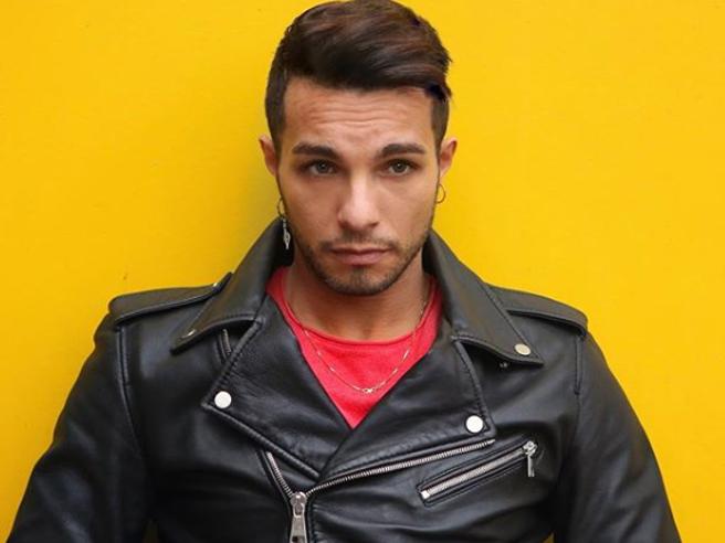 Marco Carta arrestato per furto aggravato a Milano
