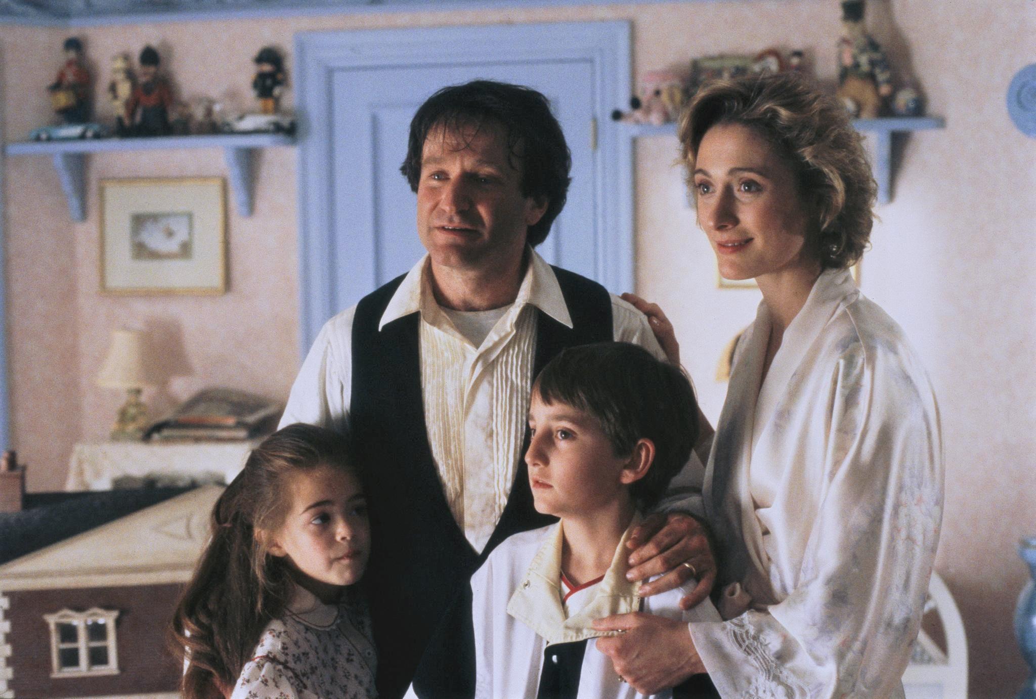"""Caroline Goodall ricorda Robin Williams sul set di """"Hook – Capitan Uncino"""" [INTERVISTA]"""