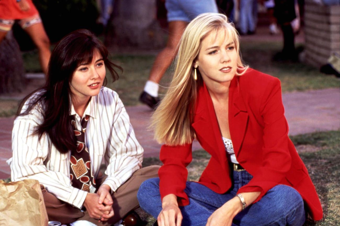 "Beverly Hills 90210, Jennie Garth: ""Litigavamo spesso sul set,  eravamo giovani e stupide"""