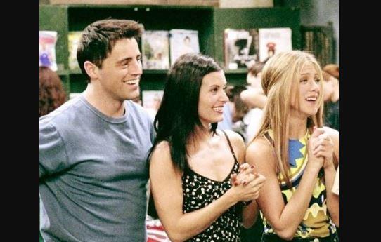 Friends: Rachel, Monica e Joey di nuovo insieme! Ecco la foto pubblicata da Courteney Cox