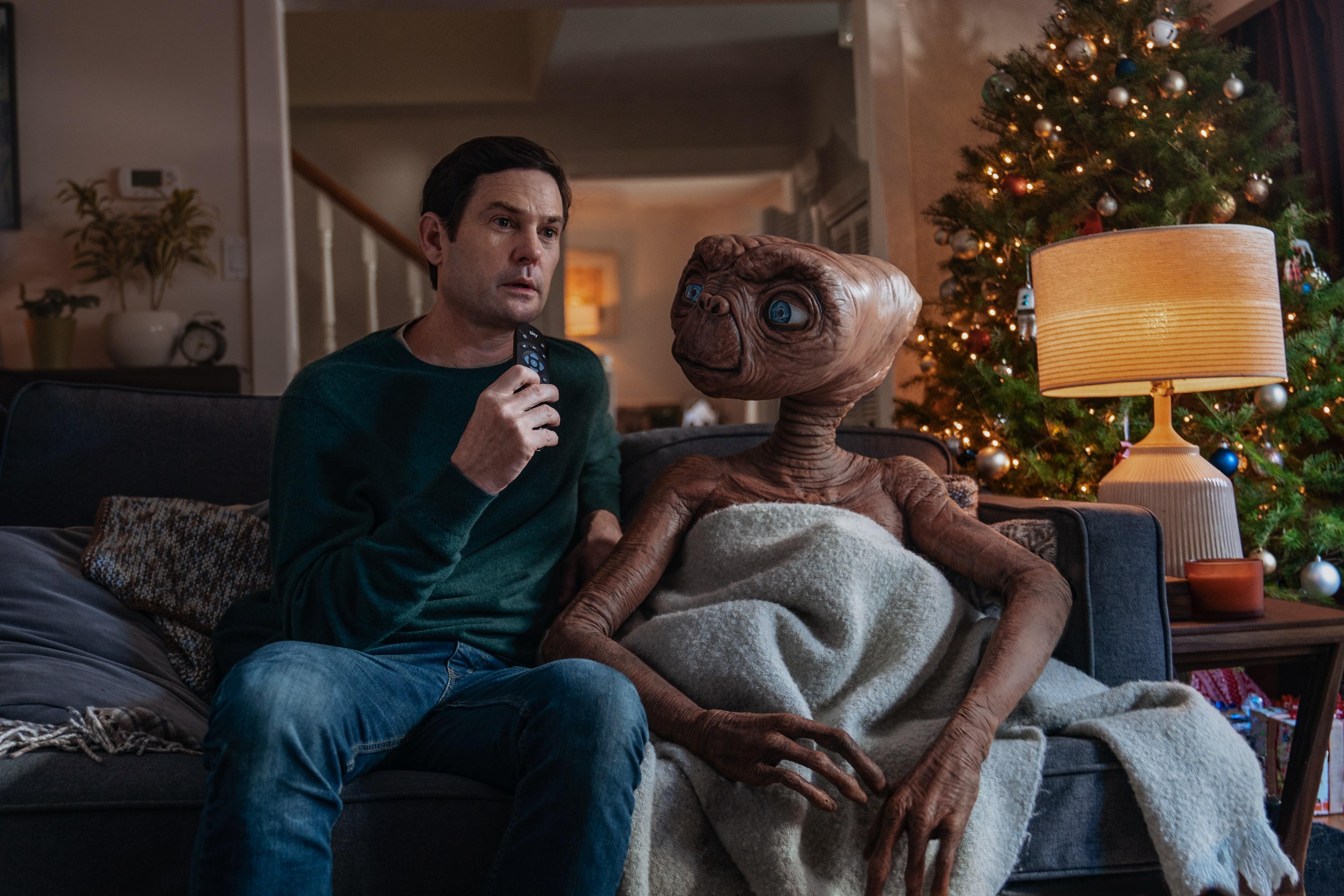 E.T. ed Elliot di nuovo insieme per lo spot di Natale di Sky! [VIDEO]
