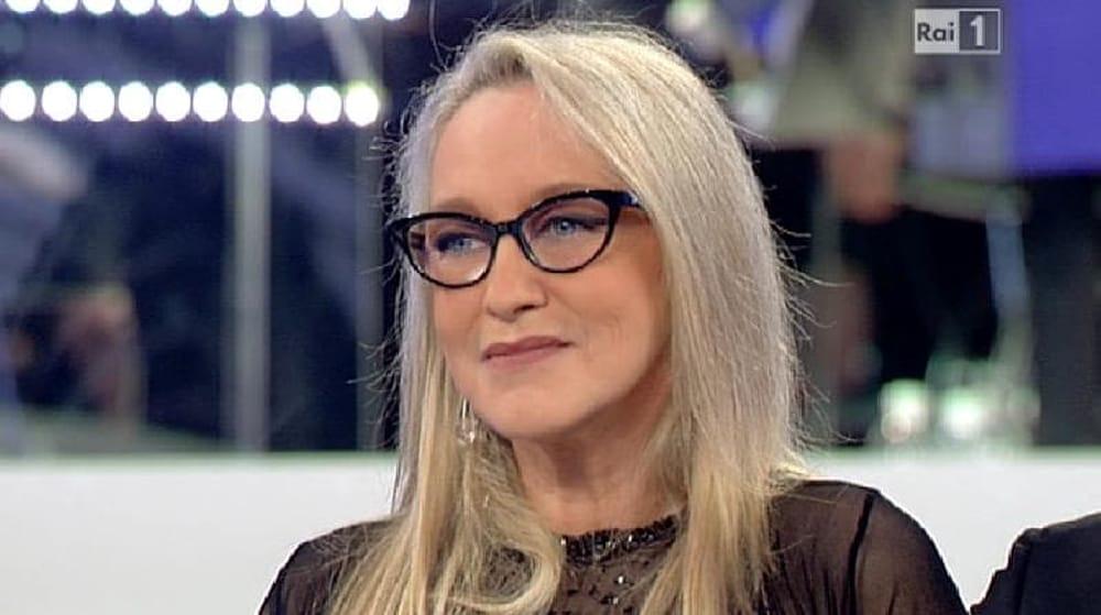 """Eleonora Giorgi: """"Non giro un film da 20 anni, mi hanno buttato dentro al fossato"""""""