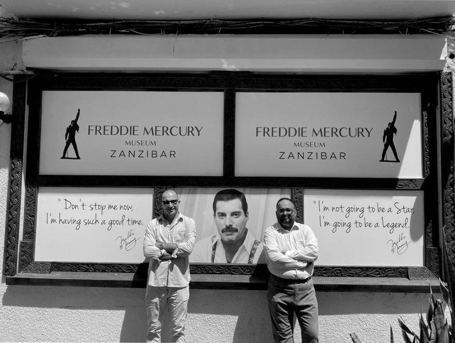 Freddie Mercury, apre il primo museo. «Centinaia di foto inedite e il certificato di nascita»