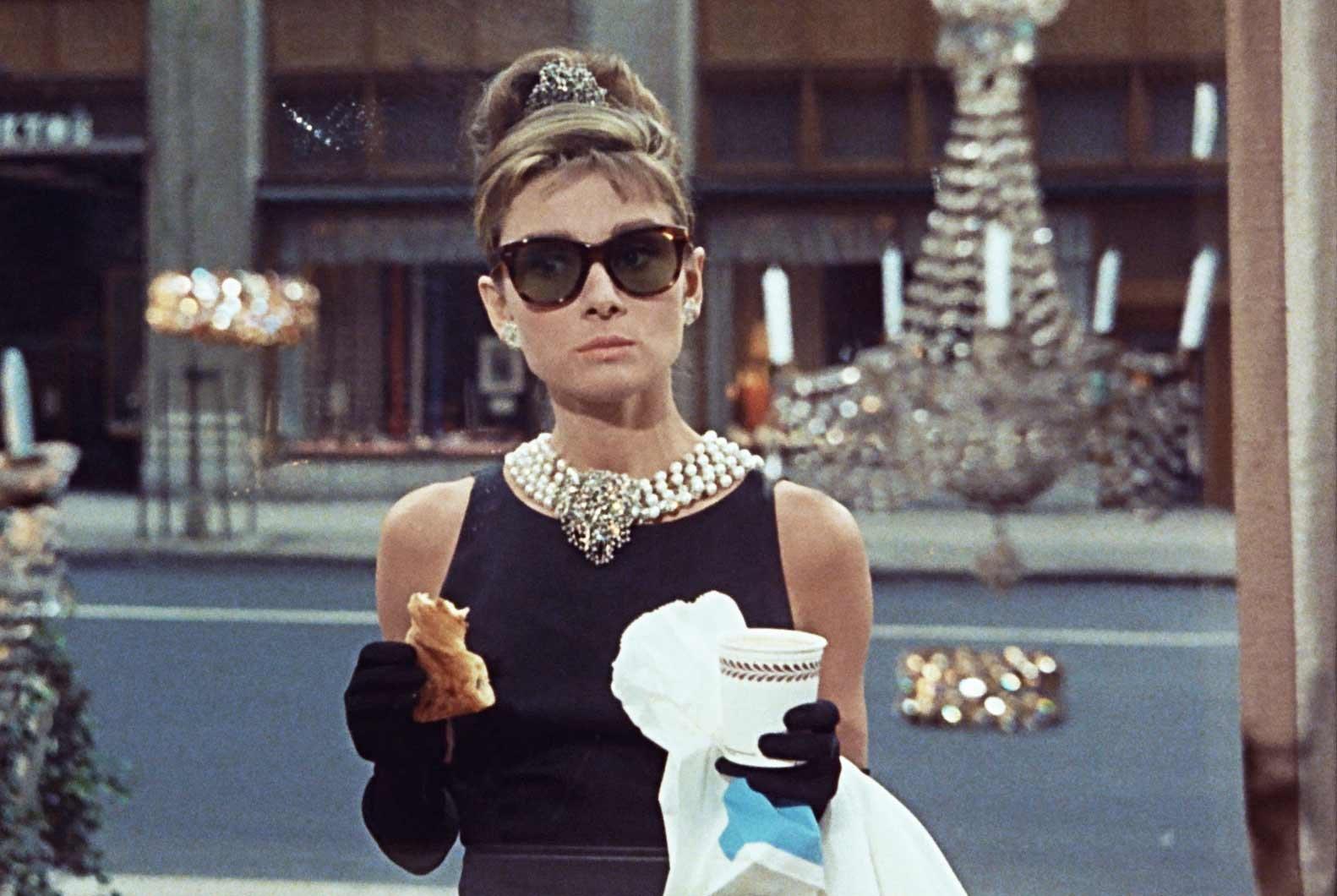 Colazione da Tiffany, 10 curiosità sul cult con Audrey Hepburn