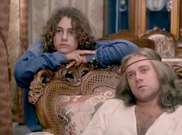 """Fiorenza/DeBernardi: «Sono 40 anni che mi chiedono di dire """"A stronzo, punto esclamativo""""»"""