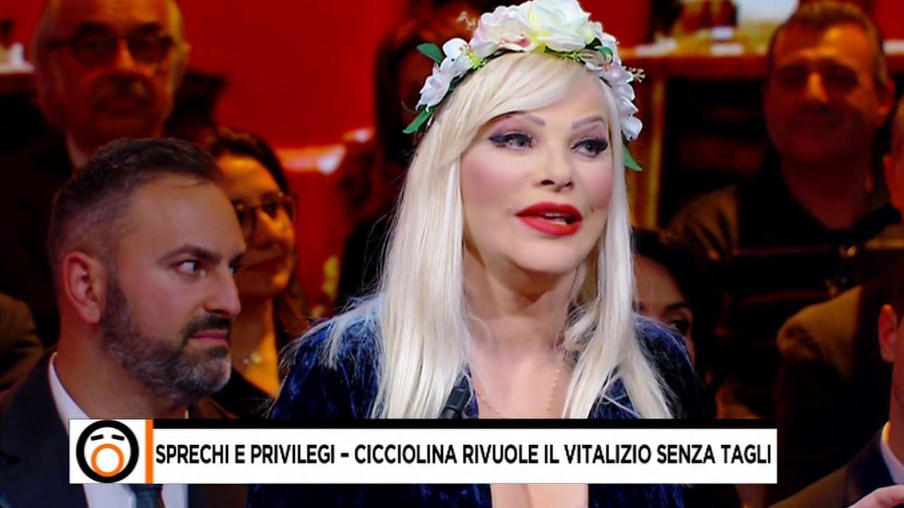 """Ilona Staller : """"Mi hanno ridotto il vitalizio a 800 euro netti"""""""
