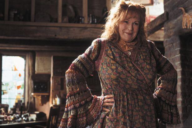 I 70 anni di Julie Walters, da Billy Elliott a Harry Potter fino al tumoreall'intestino al terzo stadio