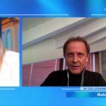 """Roby Facchinetti in lacrime: """"Sono terrorizzato, ho perso parenti e amici a causa del Coronavirus"""""""""""