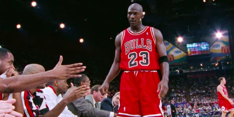 The Last Dance, la docu-serie degli anni '90 su Michael Jordan e i Chicago Bulls è finalmente disponibile