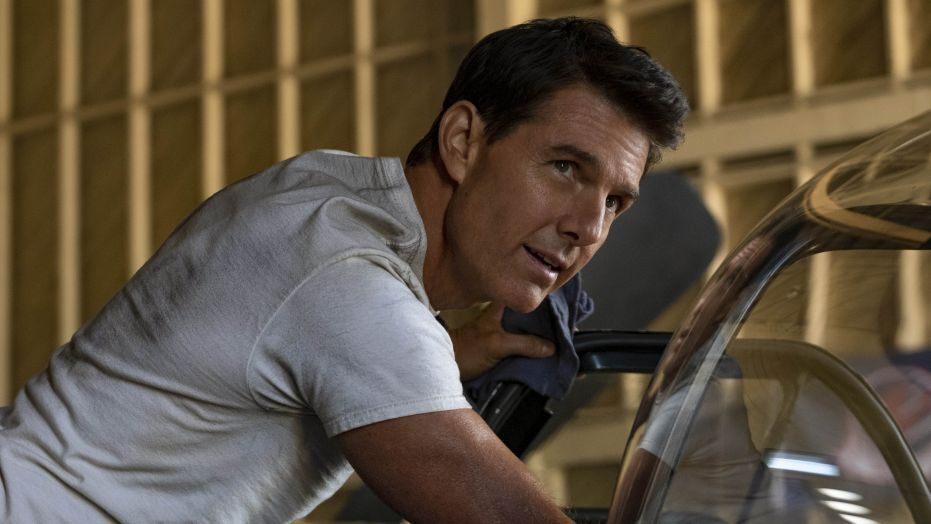 """Tom Cruise sul rinvio dell'uscita di Top Gun 2: """"So che molti di voi hanno aspetttato 34 anni…"""""""