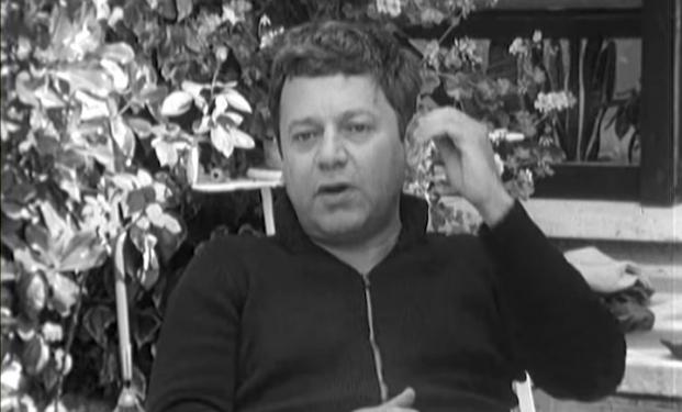 Paolo Villaggio e quell'intervista rara del 1975 dove parlava dell'infelicità degli italiani