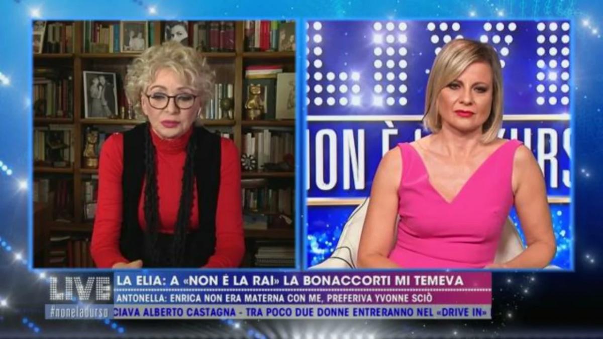 """Antonella Elia su Enrica Bonaccorti: """"Non era materna con me, aveva più amicizia con Yvonne Sciò, le davo fastidio"""""""