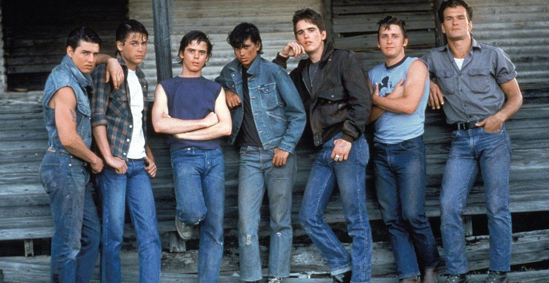 I ragazzi della 56 strada: la mascella slogata di Tom Cruise, Ralph Macchio che dormì su un panchina e l'incendio vero nella chiesa