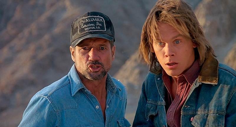 Tremors: lo scetticismo iniziale di Kevin Bacon, il finale alternativo e il personaggio eliminato dalla sceneggiatura originale