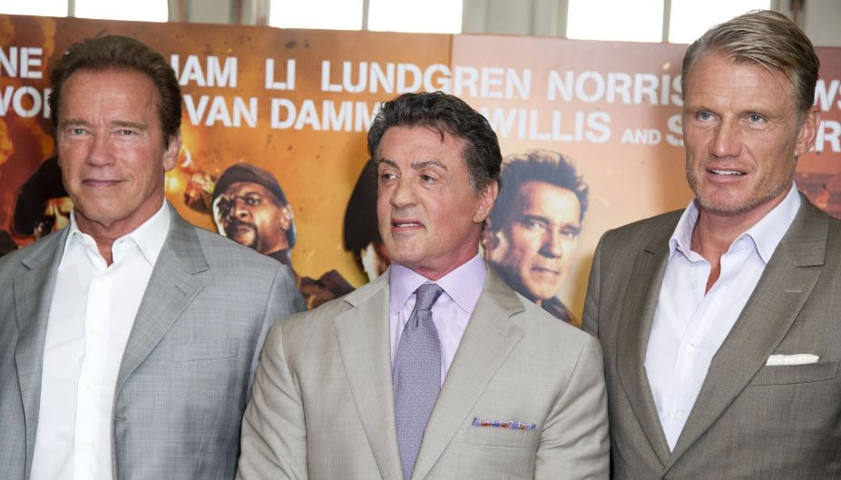 """Dolph Lundgren ricorda i primi incontri con Schwarzenegger: """"Mi bussò alla porta dicendomi…"""""""