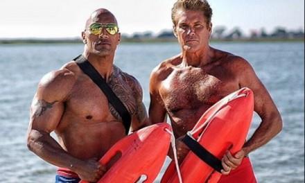 Baywatch, ecco cosa ne pensa David Hasselhoff del film con The Rock e Zac Efron