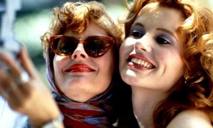 """Thelma & Louise, Geena Davis: """"Girai una scena drammatica ubriaca, funzionò, ma il pomeriggio mi sono addormentata"""""""