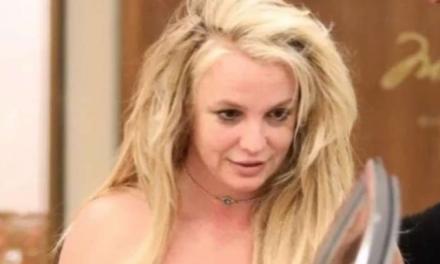 """Britney Spears: """"Ho paura di mio padre, non mi esibirò più fino a che…"""""""