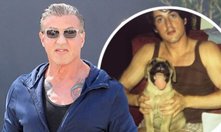 """Stallone ricorda sui social quando scriveva la sceneggiatura di Rocky insieme al cane """"Butkus"""""""