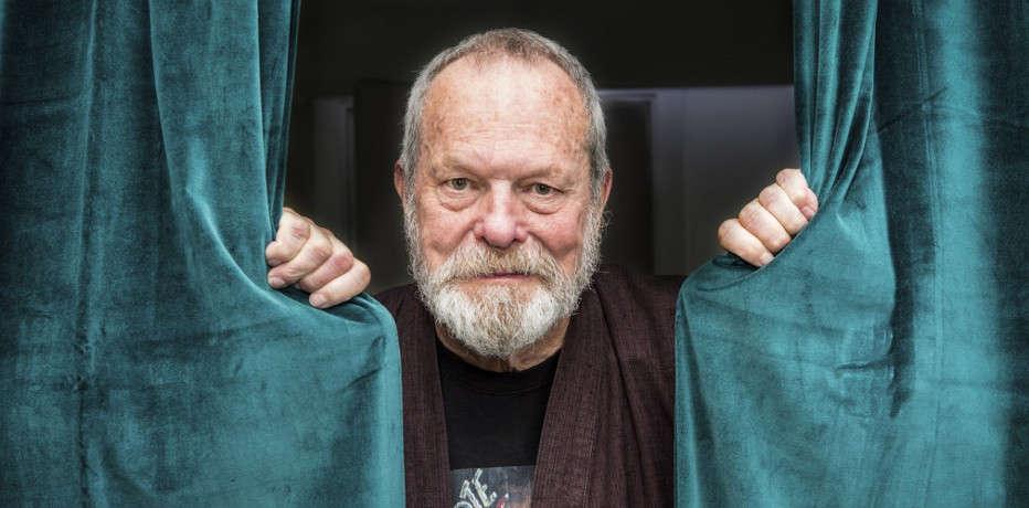 """Terry Gilliam: """"Il regalo che ho chiesto per i miei 80 anni? Dei funghetti allucinogeni!"""""""
