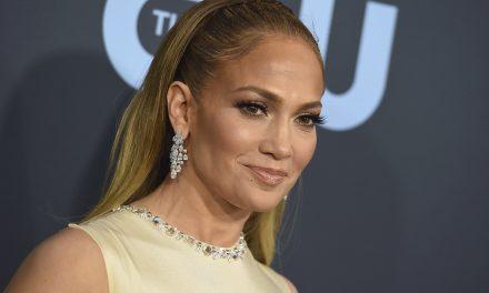 """Jennifer Lopez e la depressione durante il lockdown: """"Non è stato semplice""""."""