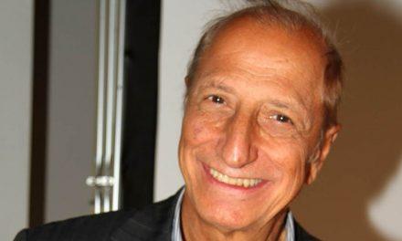 """Pippo Franco ricorda i tempi de Il Bagaglino: """"Fu la summa di tutto quello che avevo fatto"""""""